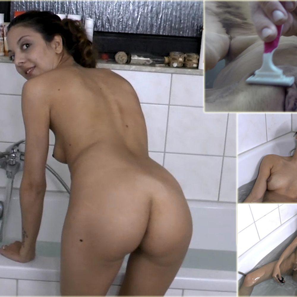 Unterwasser Pussy Rasieren und fingern mit Gopro